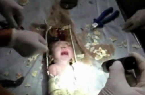 video baby in china aus abwasserrohr gerettet panorama stuttgarter zeitung. Black Bedroom Furniture Sets. Home Design Ideas