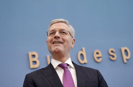 Norbert Rottgen Ich Nehme Fur Mich In Anspruch Kanzler Werden Zu Wollen Politik Stuttgarter Zeitung