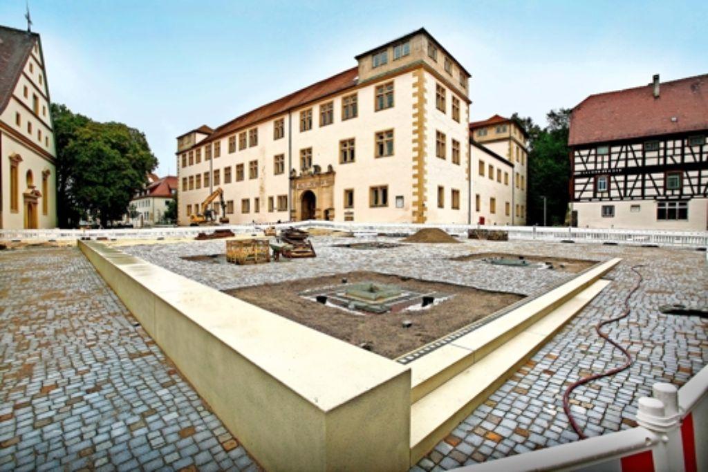 schlossplatz in g ppingen platz f r italienische momente landkreis g ppingen stuttgarter. Black Bedroom Furniture Sets. Home Design Ideas