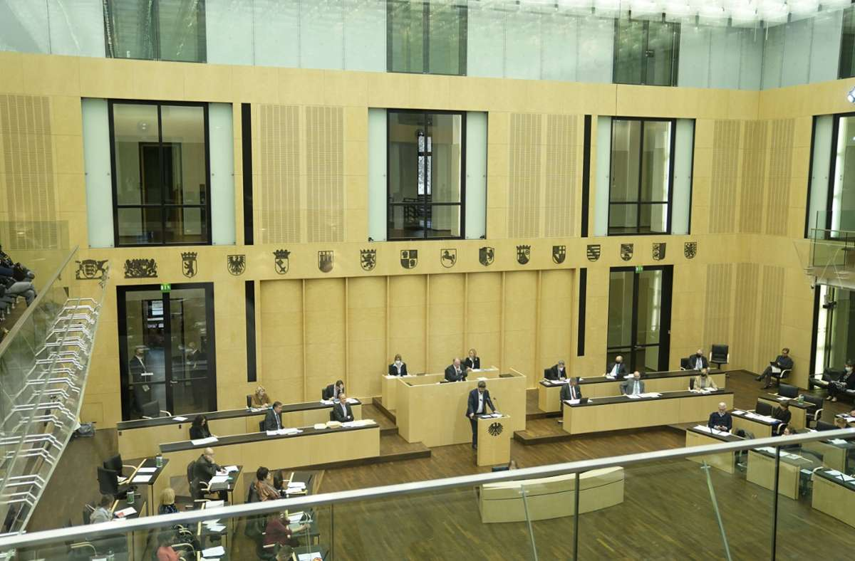 Gesetze-passieren-den-Bundesrat-Steuerentlastungen-und-Milliarden-f-r-den-Ganztagsausbau