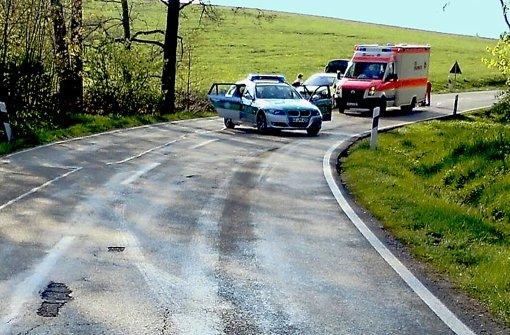 Öl auf der Straße führte zum tödlichen Unfall des Motorradfahrers im Unterallgäu. Foto: dpa