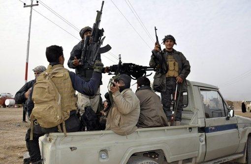 Iraks Armee kämpft mit Widerstand