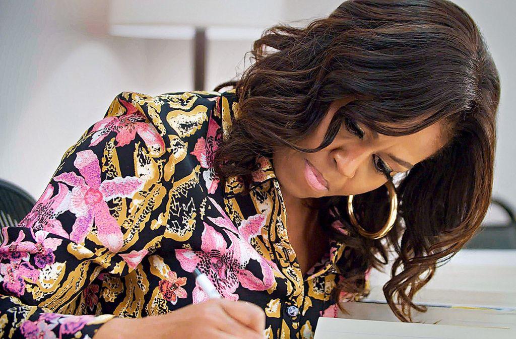 """Doku """"Becoming"""" über Michelle Obama: Bettenmachen im Weißen Haus"""