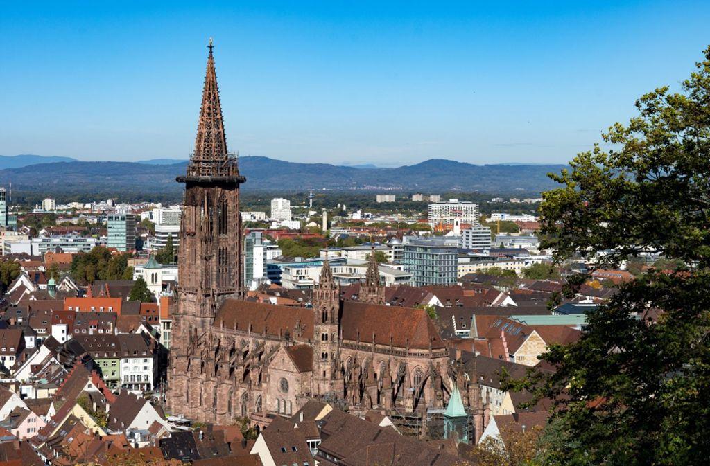Der Turm des Freiburger Münsters ist ein Besuchermagnet. Jetzt soll die Münsterbauhütte als immaterielles Weltkulturerbe ausgezeichnet werden. Foto: Freiburger Münsterbauverein