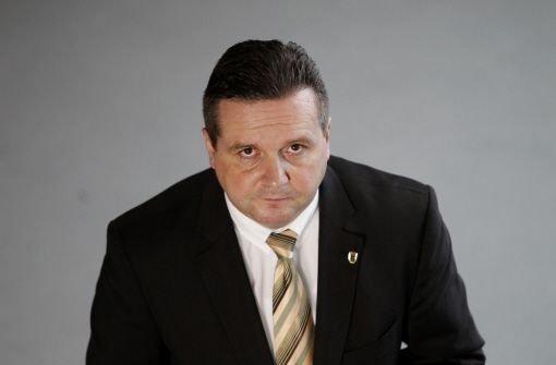 Wie jetzt bestätigt wird, ist der frühere Ministerpräsident Stefan Mappus (CDU) seit Herbst wieder berufstätig. Der Arbeitgeber wird jedoch nicht bekannt gegeben. Foto: dapd