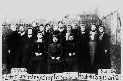 Dokument aus einer vergangenen Zeit: die Textilarbeiterinnen aus Crimmitschau kämpften anno 1904 noch für einen Zehn-Stunden-Tag. Foto: IISH Amsterdam