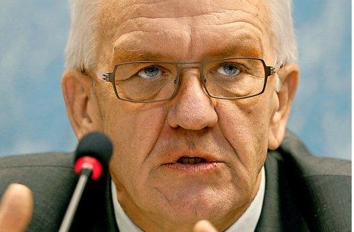 Ministerpräsident Winfried Kretschmann bleibt beim Nein zum Steuerabkommen. Foto: dpa