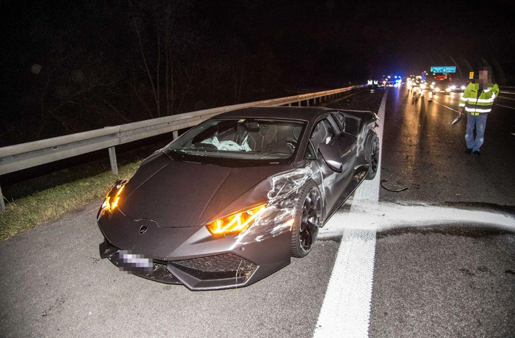 Schwerer Unfall Auf Der A 8 Bei Kirchheim Lamborghini Hebt An