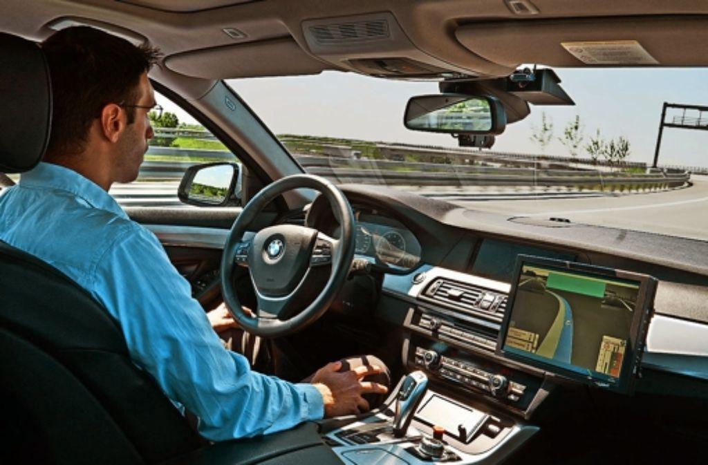 autonomes fahren test f r selbstfahrende autos beginnt wirtschaft stuttgarter zeitung. Black Bedroom Furniture Sets. Home Design Ideas