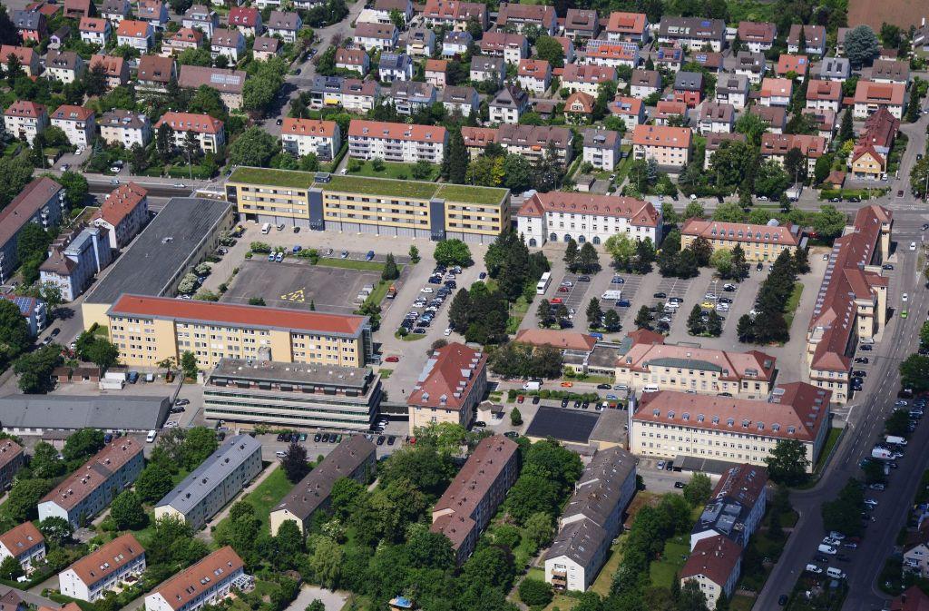 Militär in Bad Cannstatt: Keine Zweifel am Standort ...