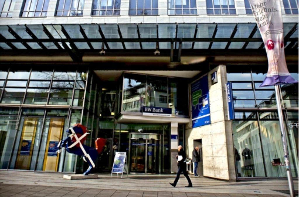 Stuttgarter Innenstadt: BW-Bank Dünnt City-Filialnetz Aus