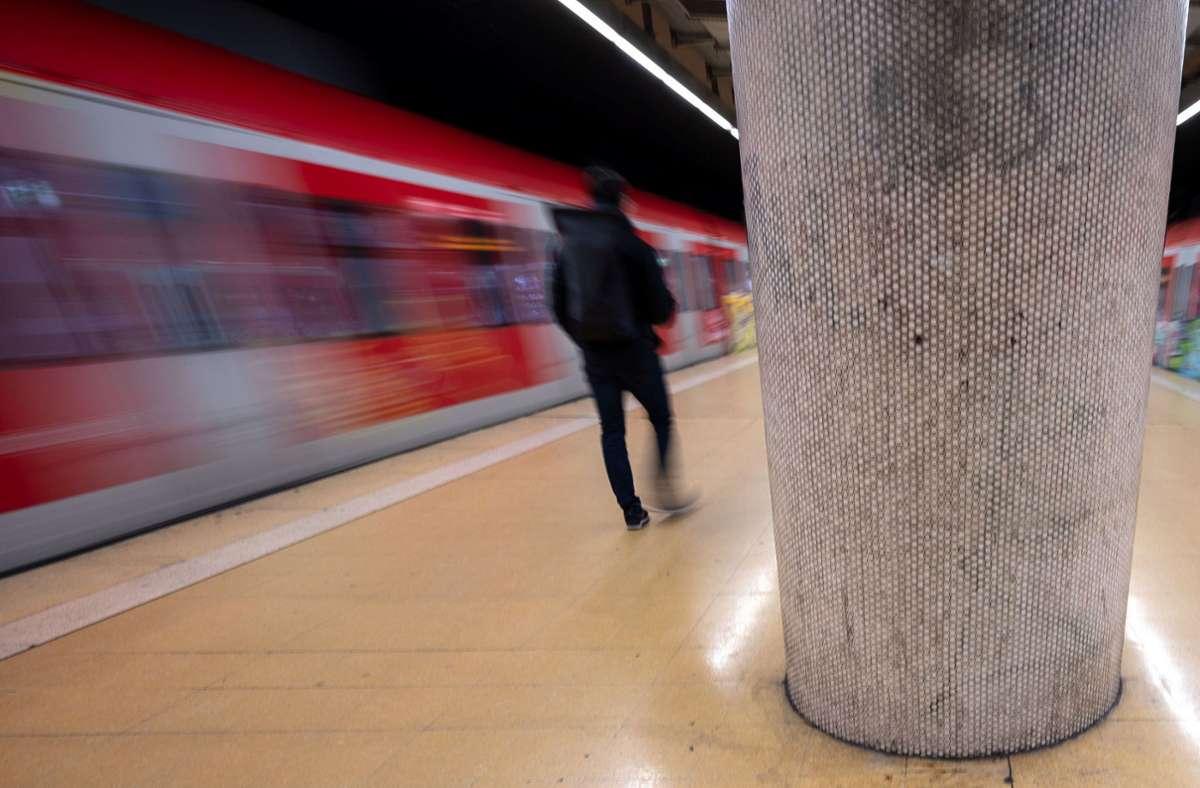 Verband Region Stuttgart: Bibelverse in S-Bahnen erwünscht