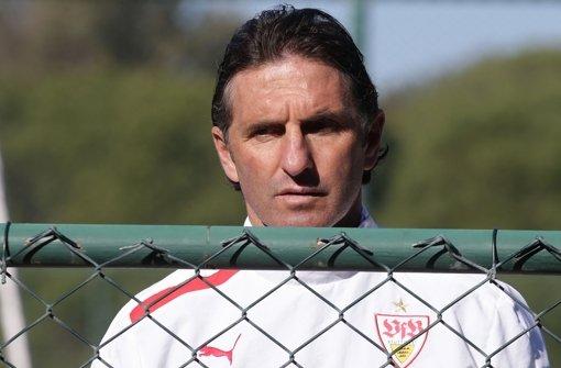 Bruno Labbadia ist noch nicht sicher, ob er beim VfB verlängern will. Foto: Pressefoto Baumann