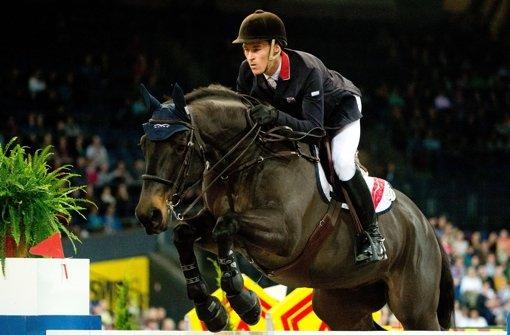 Whitaker reitet zum Weltcup-Sieg