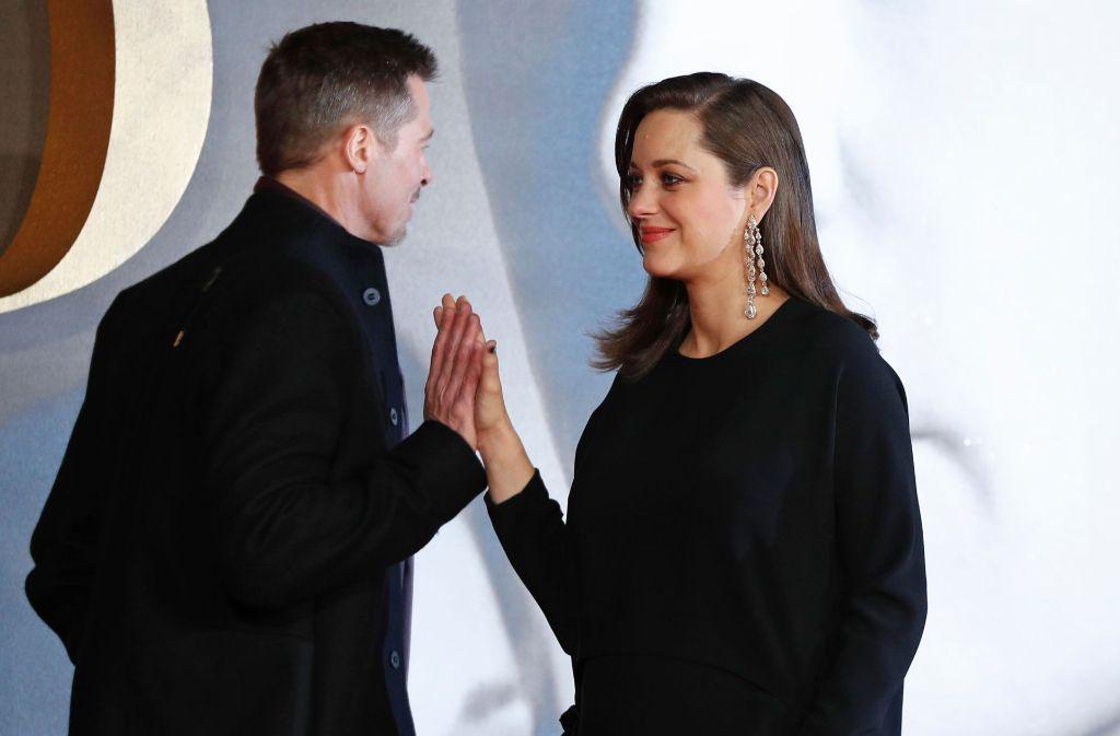 Brad Pitt Und Marion Cotillard Bei Allied Filmpremiere Inniges