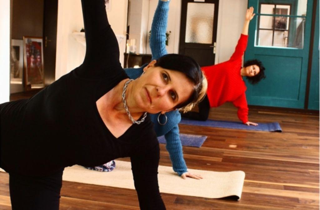 yoga in s west freiraum f r den westen stuttgart west stuttgarter zeitung. Black Bedroom Furniture Sets. Home Design Ideas