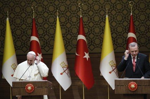 Papst spricht Glaubensfreiheit offen an