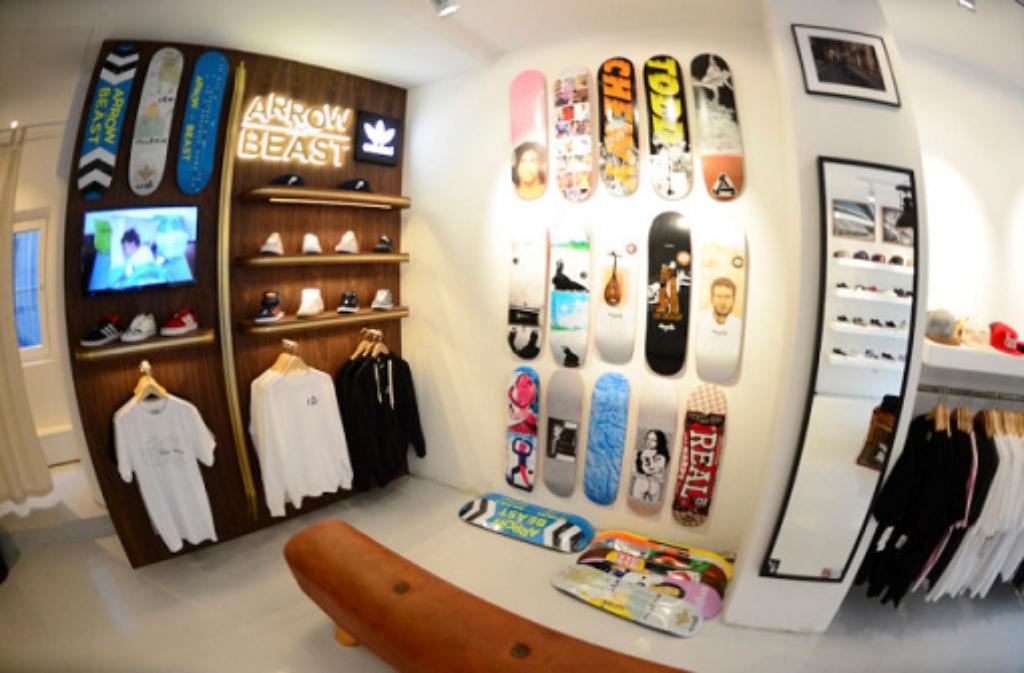 stuttgarter shop arrow beast von skateboardern f r skateboarder mode stil stuttgarter zeitung. Black Bedroom Furniture Sets. Home Design Ideas