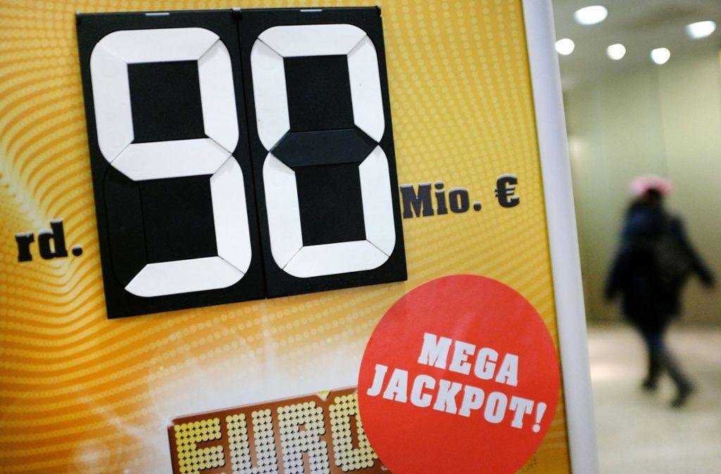 Lotto 90 Millionen Eurojackpot Wieder Nicht Geknackt Panorama