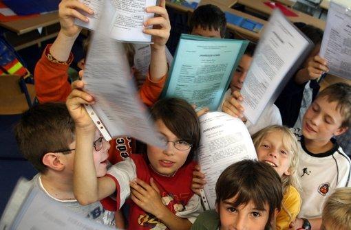 Die verbindliche Grundschulempfehlung gibt es nicht mehr. Jetzt können Eltern selbst entscheiden, welche weiterführende Schule ihr Kind besuchen soll. Foto: dpa