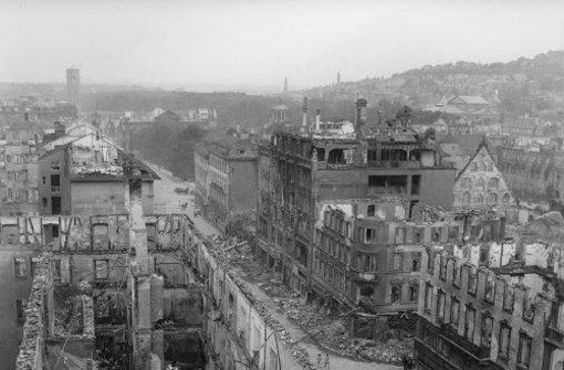 1944: Stuttgart im Bombenhagel