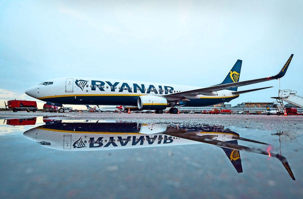 Streiks bei der Billigfluglinie: Ryanair bleibt am Boden ...