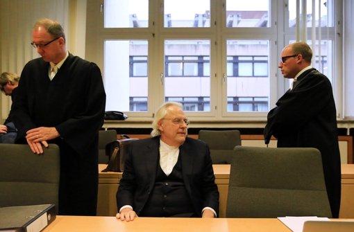 Albrecht-Witwe soll aussagen