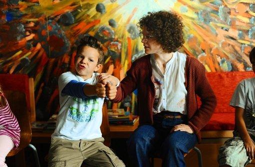 Sie haben es nicht leicht miteinander: die Lehrerin Hannah Winter (Bibiana Beglau) mit ihrem Schüler Fabian Haas (Anton Wempner Foto: ARD
