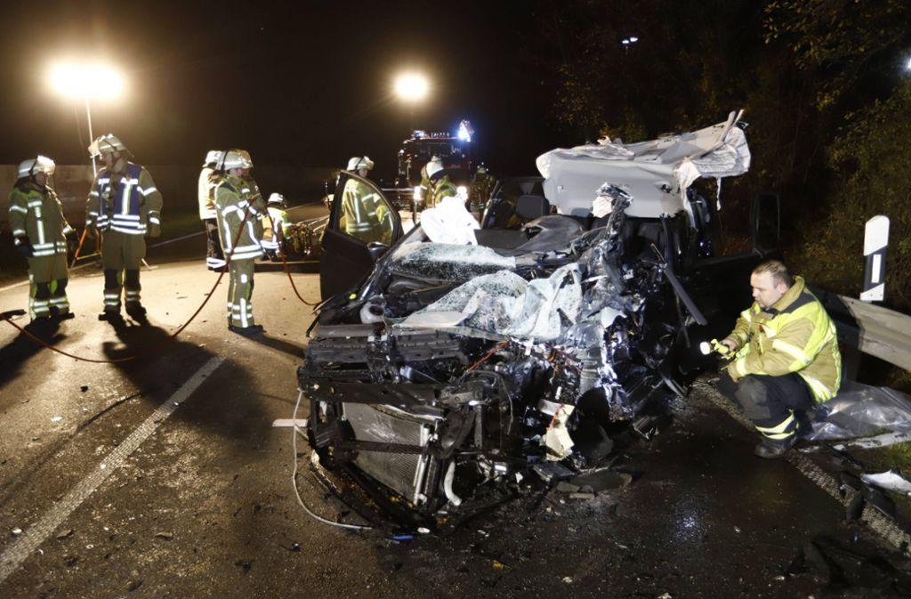 Unfall auf der B10 - Schwere Kollision bei Schwieberdingen - Stuttgarter Zeitung