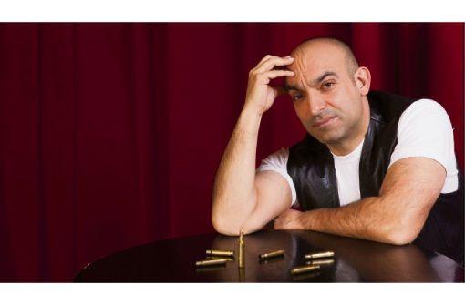 Der türkischstämmige Kabarettist Django Asül kommt mit seinem neuen Programm nach Tuttlingen