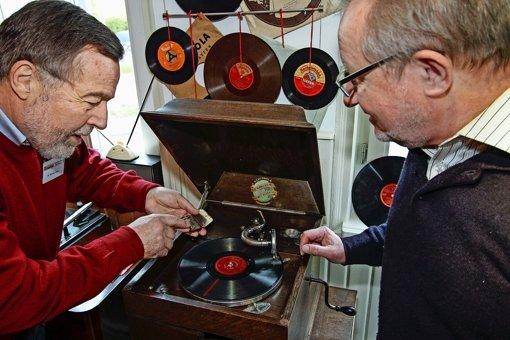Von alten Radios und Plattenspielern