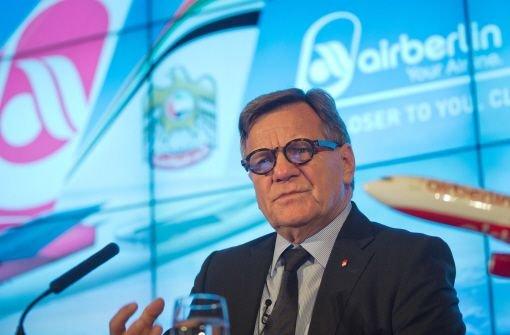 Hartmut Mehdorn (Foto) hört als Vorstandschef bei Deutschlands zweitgrößter Fluggesellschaft Air Berlin auf. Sein Nachfolger wird mit sofortiger Wirkung der bisherige Strategie-Vorstand Wolfgang Prock-Schauer. Foto: dpa