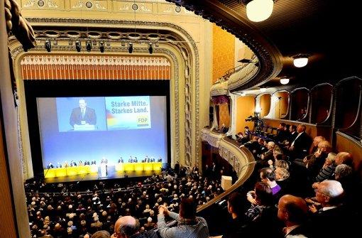 Edler Rahmen für  die Dreikönigskundgebung: das Opernhaus in Stuttgart Foto: dpa