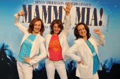 Dancing Queen und Honey, honey: Im Stage Palladium Theater werden nun fleißig ABBA-Lieder gesungen, die Besetzung des Musicals Mamma Mia! steht fest - hier die Fotos der Castpräsentation: Foto: www.7aktuell.de