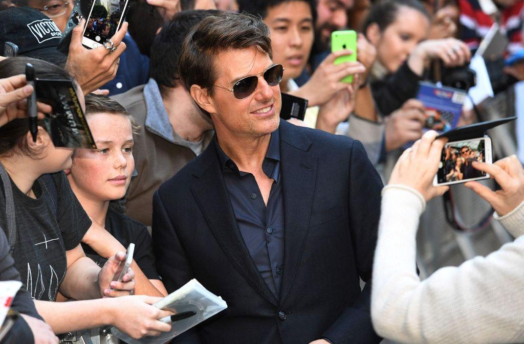 Premiere Von Die Mumie Tom Cruise Und Co Im Selfie Rausch