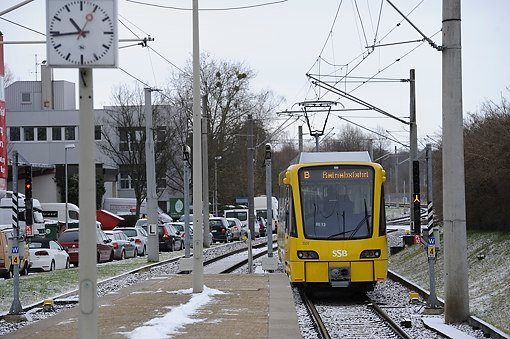 Die neue Stadtbahn der SSB auf Testfahrt in Plieningen am 6. Februar 2013. Foto: www.7aktuell.de | Oskar Eyb