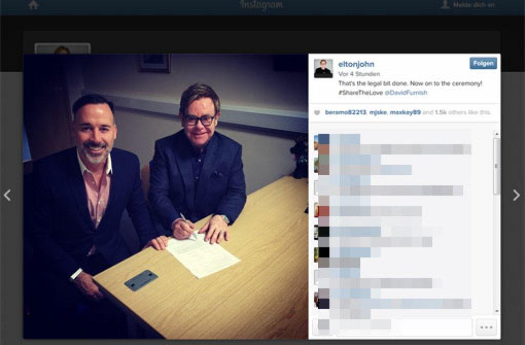 elron john und david furnisgh sind seit sonntag offiziell verheiratet der popstar. Black Bedroom Furniture Sets. Home Design Ideas