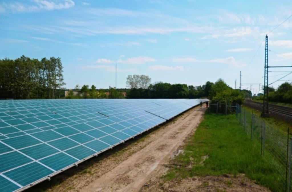 weil der stadt hausen exportiert ganze solarparks landkreis b blingen stuttgarter zeitung. Black Bedroom Furniture Sets. Home Design Ideas