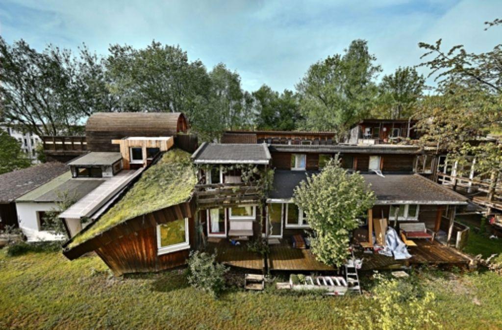 stuttgarter wohnzimmer: abenteuerspielplatz mit campingflair, Wohnzimmer