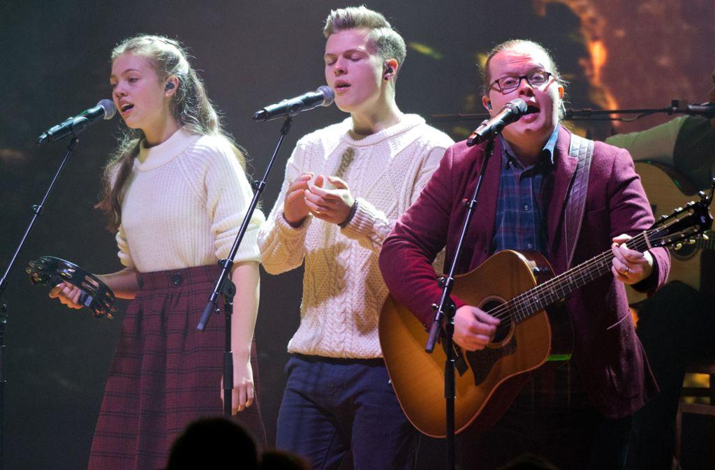 """Irish Christmas"""" in der Liederhalle: Angelo Kelly bringt ..."""