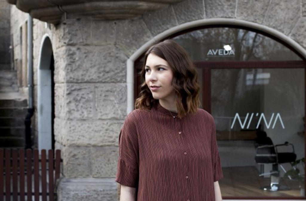 mutterstadt comeback mit nina wagner der traum vom eigenen friseursalon leben liebe. Black Bedroom Furniture Sets. Home Design Ideas