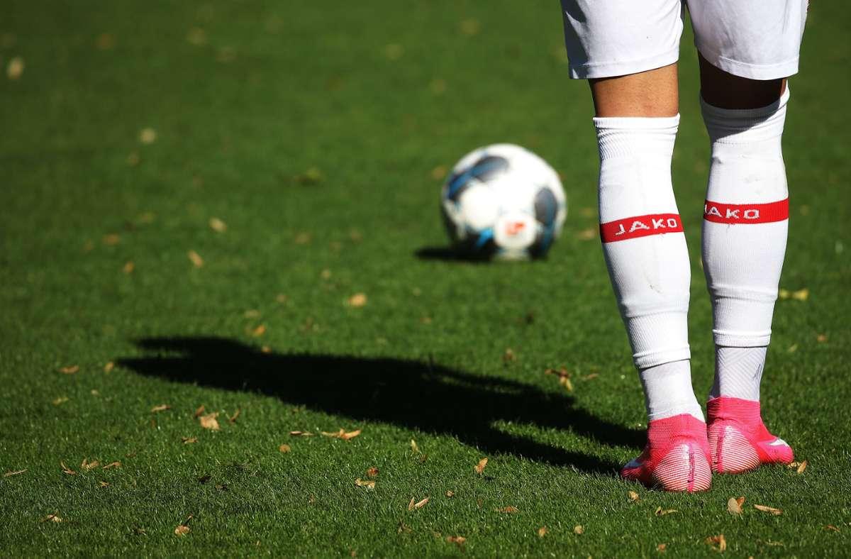 Corona-Verordnung-Fu-ball-Regionalliga-S-dwest-hofft-auf-Spiele-ab-Mitte-Dezember