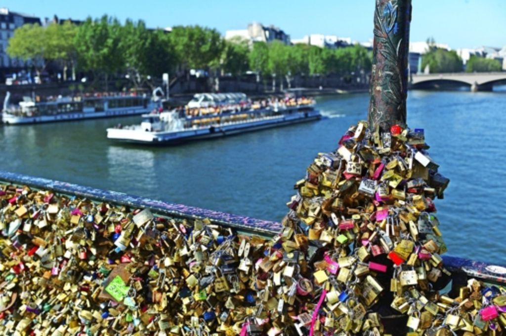 Initiative No Love Locks Gestartet Ganz Paris Achzt Unter