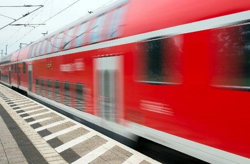 Bahnhof Böblingen teils gesperrt