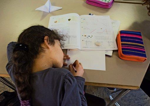 Flüchtlingskinder in die Schule integrieren