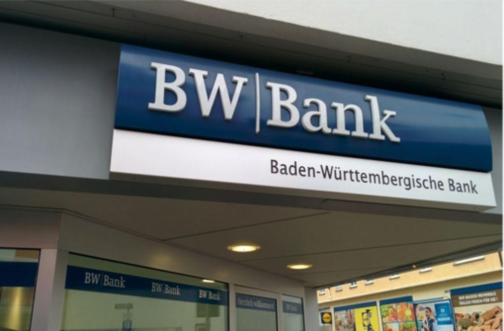 Umbau Bei Bw Bank Mehr Als Jede Vierte Stelle Wird Gestrichen