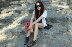 ... oder auf Geschäftsreise in China: Nichts geht bei Mirjam ohne Mode. Was sie Hübsches anhat, kauft oder sieht, ... Foto: privat