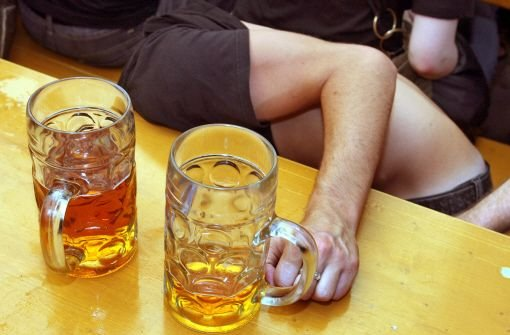 Diagnose Alkoholvergiftung: Immer häufiger landen Jugendliche nach einer Partynacht im Krankenhaus. Foto: dpa