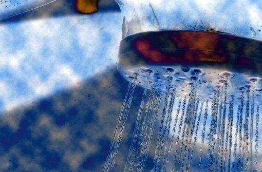 Legionellen-Keime können beim Duschen eingeatmet werden. Foto: StZ