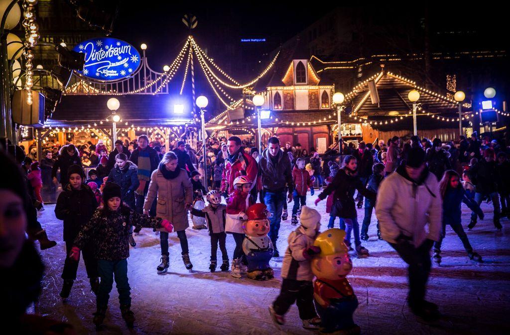 Eröffnung Weihnachtsmarkt Stuttgart 2019.Wintertraum Und Weihnachtsmarkt Bald Herrscht Wieder